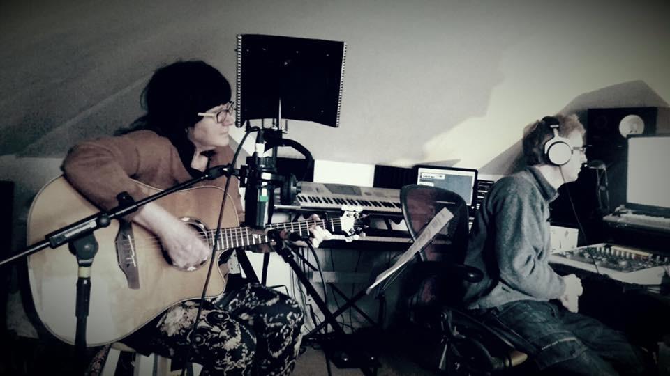 Ali Bullivent recording The Thin Seam - alisonbullivent.co.uk